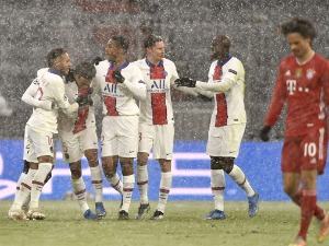 """Mbape and the """"saints"""" conquered the snow-covered Munich"""