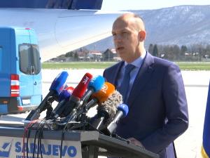 "Loncar handed over 10,000 vaccines to ""Astra-Zenek"" to Sarajevo Canton"