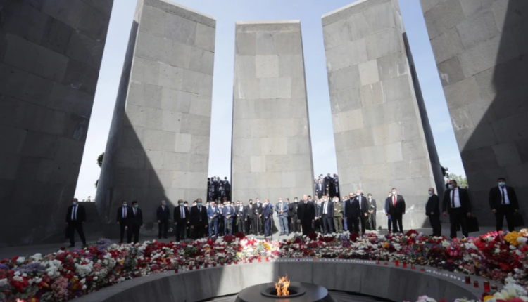 Armenians mark Genocide Remembrance Day