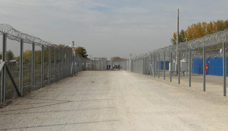 Hungary: Anti-torture committee observed decent conditions in transit zones, but