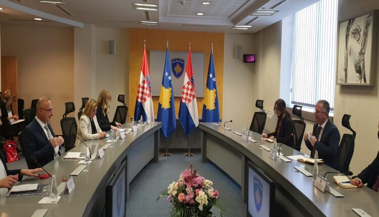 Bislimi meets with Radman, discuss Kosovo-Croatia relations