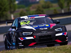 Borkovic successfully finished the first weekend of the TCR championship