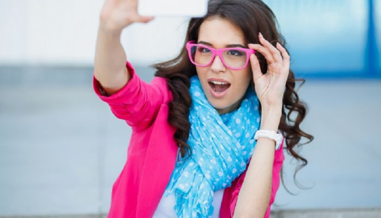 Taking a selfie can cause mental disorder, scientists say
