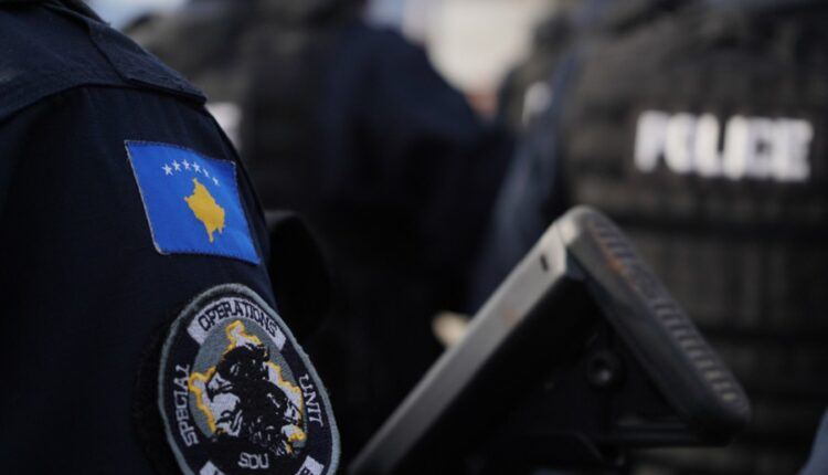 The policeman who posted on social networks is arrested