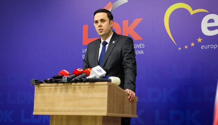 Abdixhiku criticizes Kurti's government: Weak government cabinet is the government