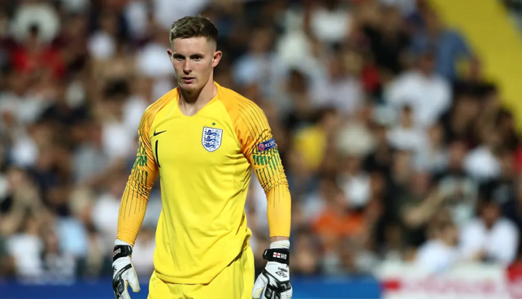 Problems for England, Henderson hurts