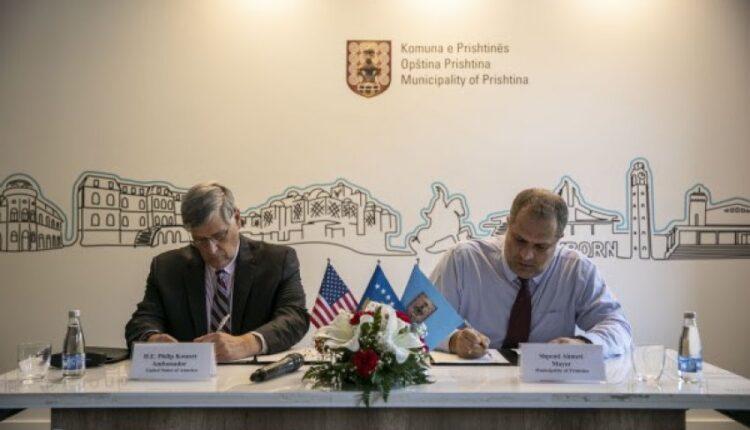 The Municipality of Prishtina grants property to the US Embassy