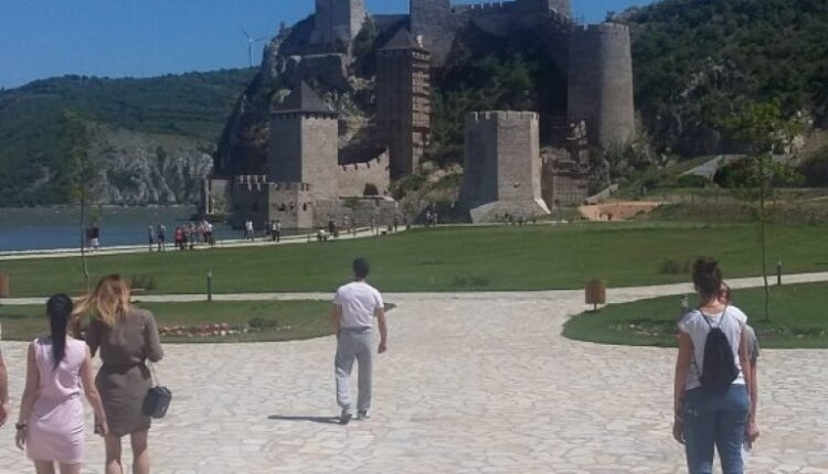 GOLUBAC TODAY IN THE SIGN OF CULTURAL EVENTS! Concert and