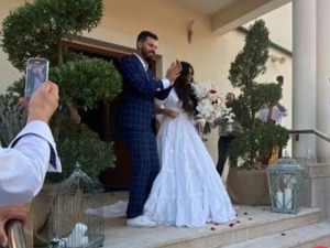 Bajaga played the first dance at the lavish wedding of