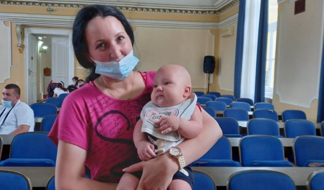 THE YOUNGEST CITIZENS IN THE CEREMONIAL HALL! Babies in Kikinda