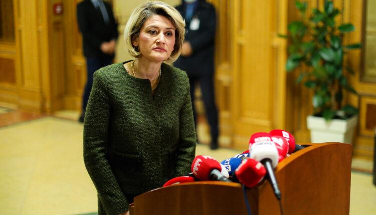 Mimoza Kusari-Lila candidate of LVV for mayor in Gjakova