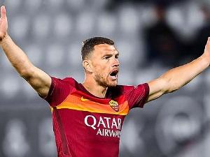 Dzeko, officially at Inter, joined Kolarov