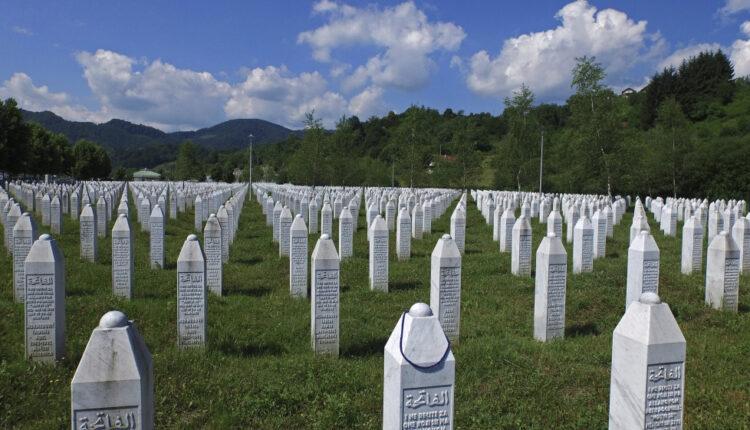 Serbian PM to attend Srebrenica genocide commemoration   Serbia News