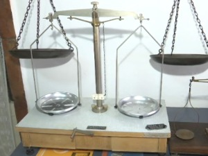 Equilateral, American, German … An unusual collection of scales awaits