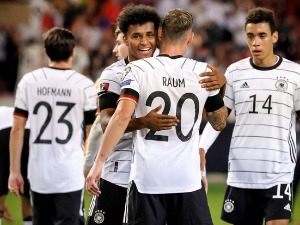 Germany without mercy towards Armenia, draws between Switzerland and Italy
