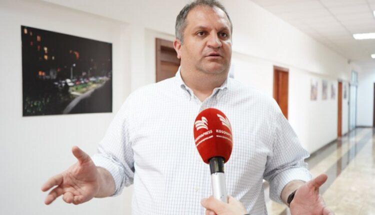Ahmeti: We do not allow gatherings inside schools